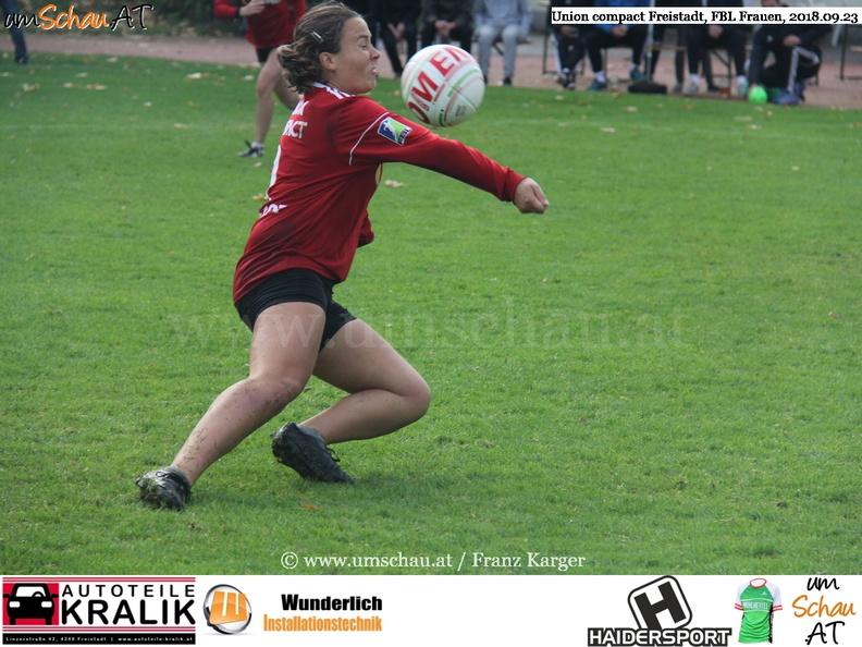 Spielszene Union compact Freistadt Faustball Damen